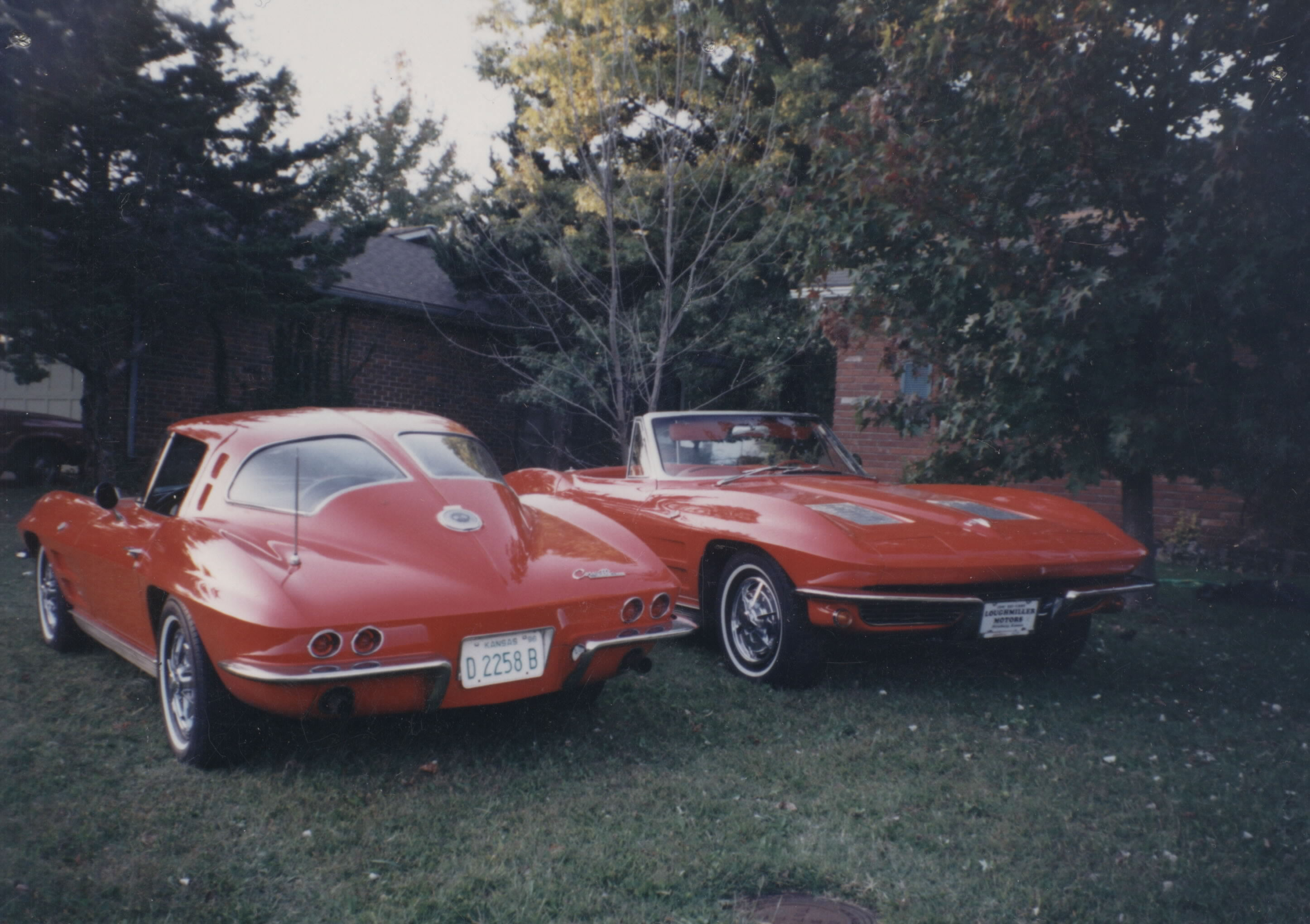 Tom's '63 Corvettes